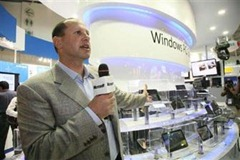 Microsoft VP Steven Guggenheimer does not think tablets will catch on.