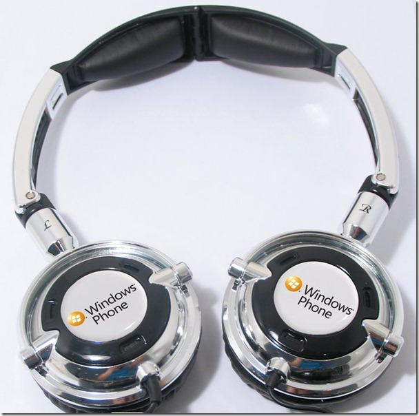 Microsoft-branded Skullcandy headphones