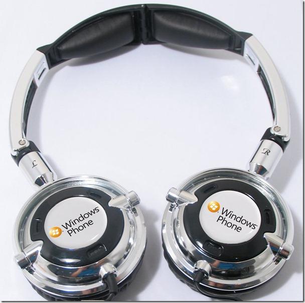 Microsoft-branded Skullcandy headphones