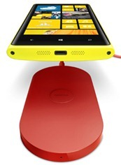 lumia920_wirelesscharging220