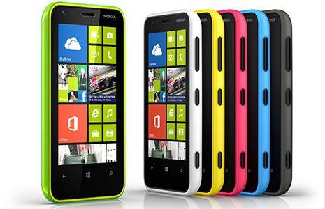 Nokia_Lumia_620_03.jpg