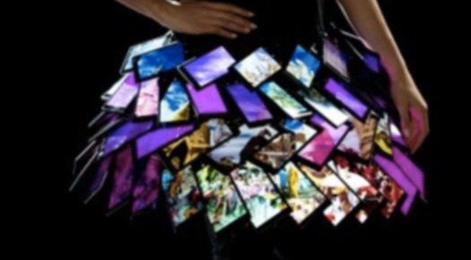 Nokia's Lumia 1520 fashion skirt on video 6