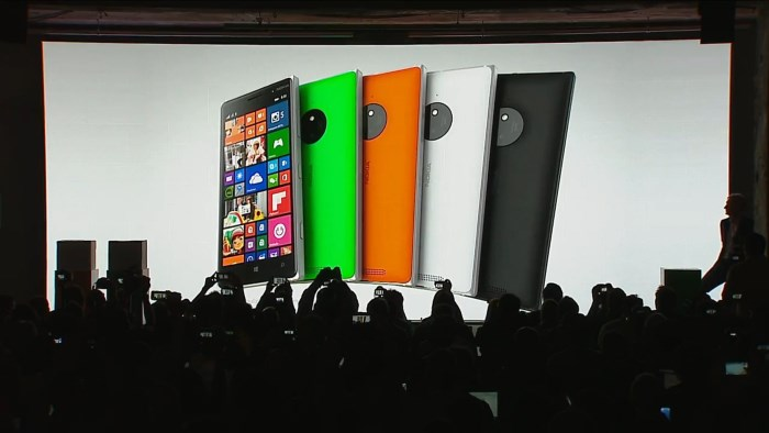 Here-Is-How-Nokia-Lumia-830-Stands-Against-Samsung-Galaxy-S5-and-iPhone-5s-457610-3