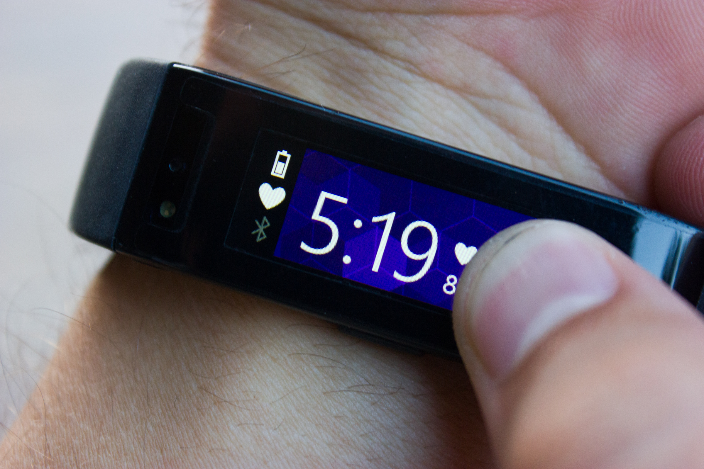 Initial tests of Microsoft Band's battery life 6