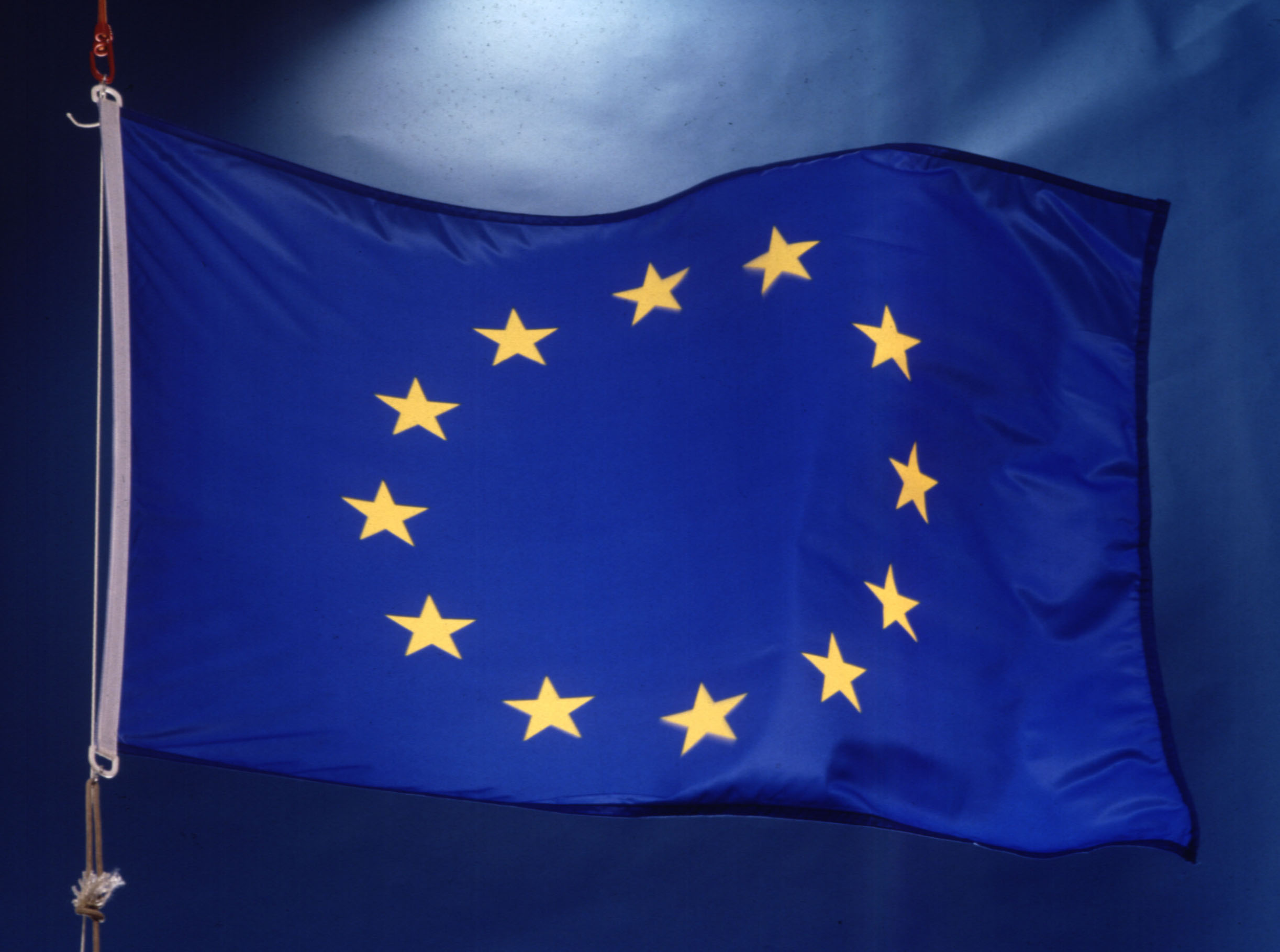 The EU may force companies to deliver OS updates for old phones and tablets 1
