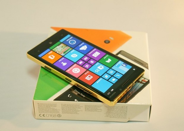 24 Karat Gold Lumia 930 2