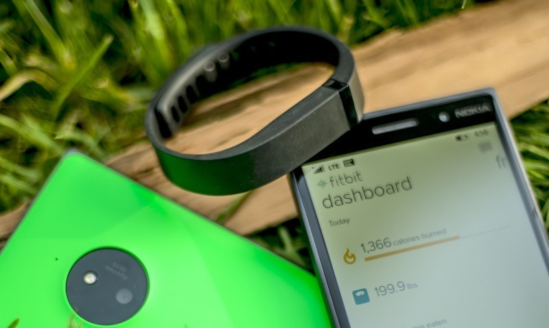 Update for Fitbit app for Windows 10 breaks Windows Mobile access : Update - now fixed 1