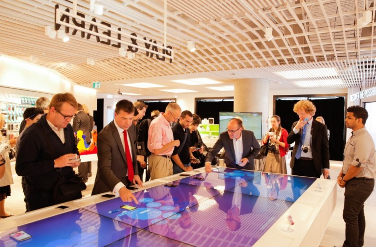 Telstra Revamps Its Flagship Retail Stores With Windows 10 Based Solutions 5
