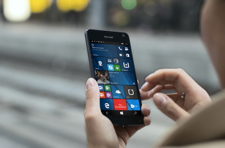 Microsoft now selling its Lumia phones again in US store 6