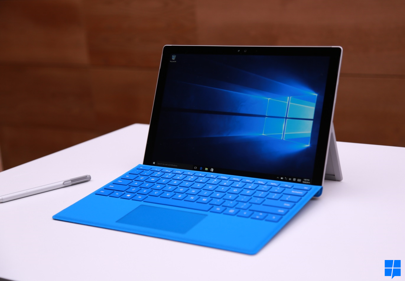 deal alert 100 off some core i5 surface pro 4 at the microsoft store for limited time. Black Bedroom Furniture Sets. Home Design Ideas