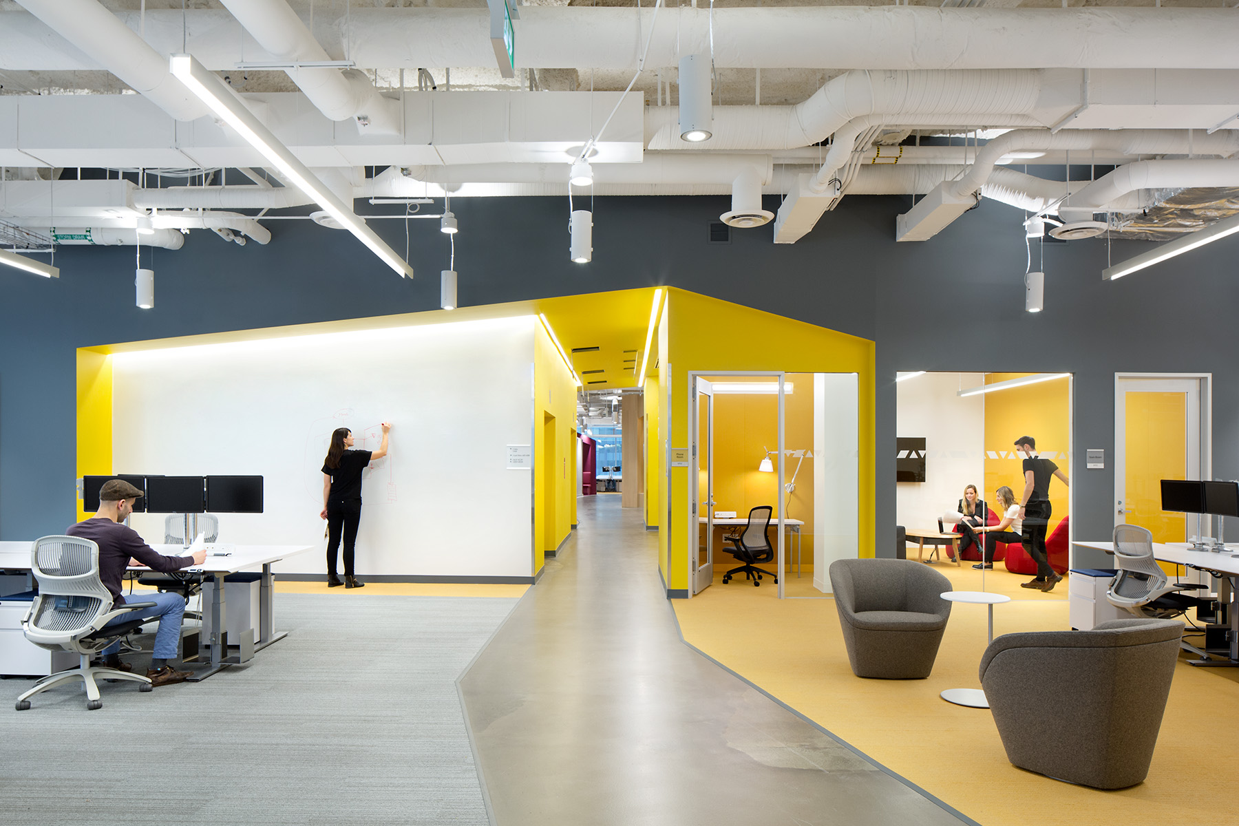 Microsoft opens new state of the art development center in for Office design vancouver