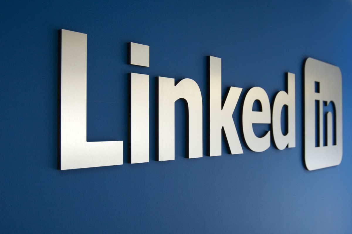 LinkedIn blocked 19.5 million fake accounts from being created