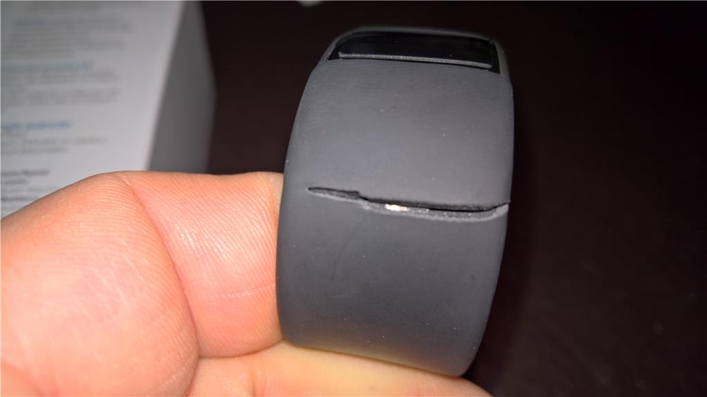 microsoft-band-2-now-suffering-from-cracking-rubber