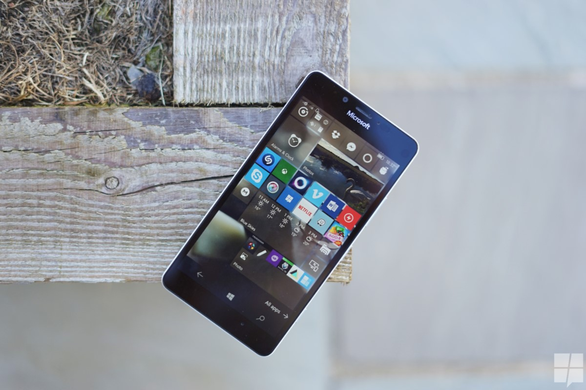 Microsoft Slashes The Price Of Lumia 950 And Xl In