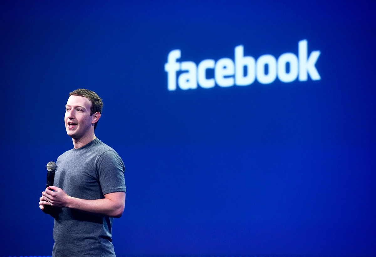 Mark Zuckerberg, chief executive officer of Facebook Inc., speaks during the Facebook F8 Developers Conference in San Francisco, California, U.S., on Wednesday, March 25, 2015. Zuckerberg plans to unveil tools that let application makers reach the social network's audience while helping the company boost revenue. Photographer: David Paul Morris/Bloomberg *** Local Caption *** Mark Zuckerberg