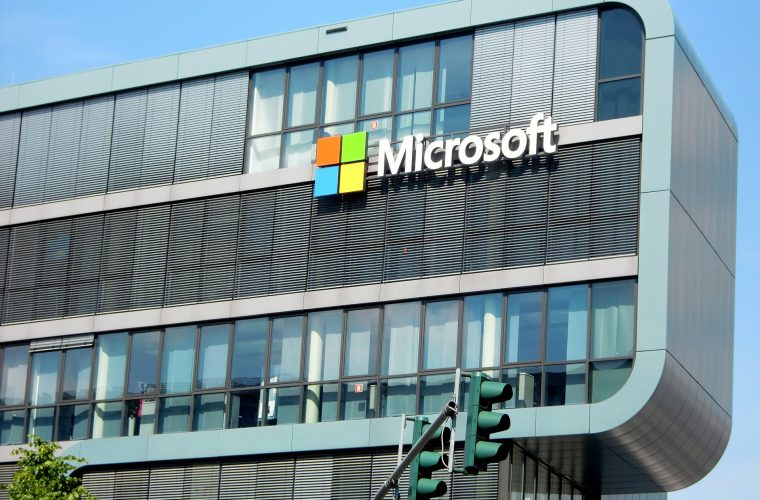 Microsoft signs the Equal Pay Pledge, seeks to close gap between gender pay 1