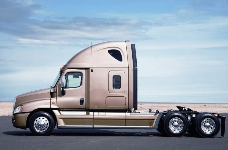 Daimler Trucks North America teams up with Microsoft to make Freightliner Cascadia the most connected ever 13
