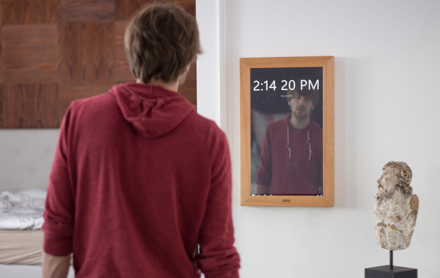 You can now buy a digital mirror running Windows 10