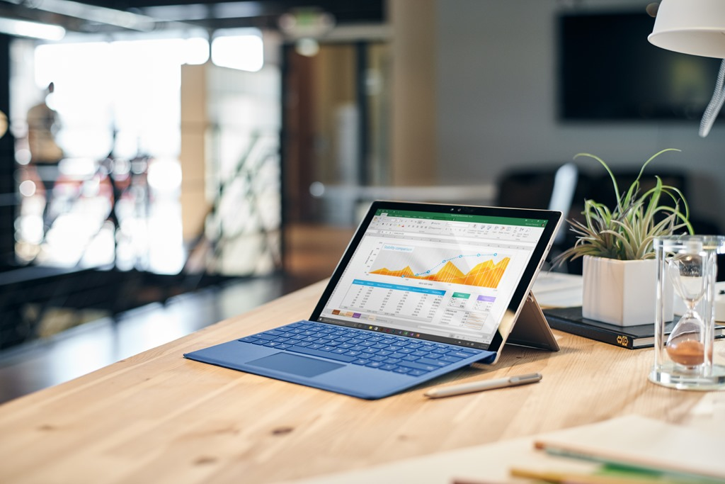 Microsoft Store Deal: Buy a Surface Pro 4 and get a free Surface Dock ($199 value) 1