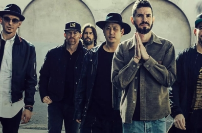 Linkin Park launch new album, curated playlist on Groove Music 13