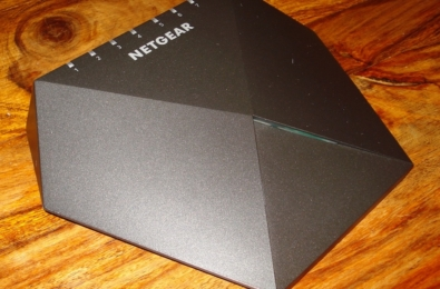 Review: Netgear Nighthawk X10 and Netgear Nighthawk S8000 — The ultimate gaming router 11