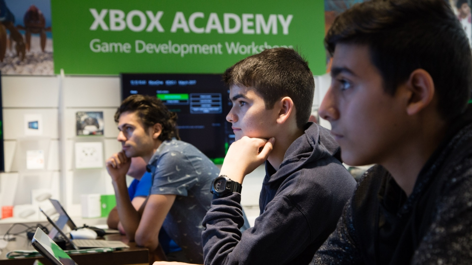 Students can learn game development at Microsoft Store locations in Sydney and New York 1