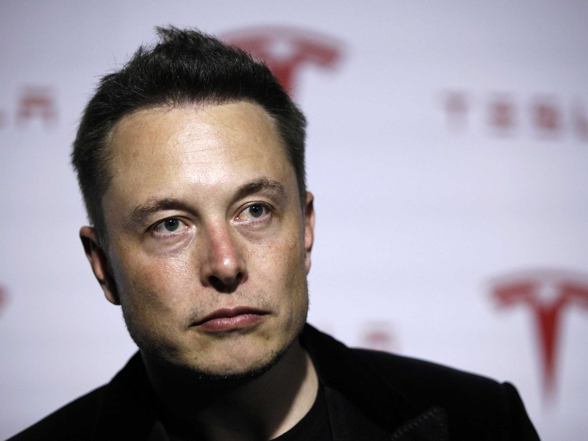 Elon Musk's AI bot beats world-class gamers at Dota 2