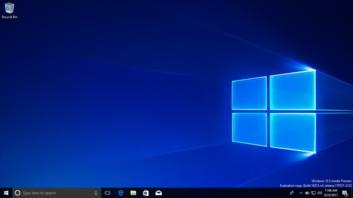 Microsoft extends Windows 10S free upgrade period