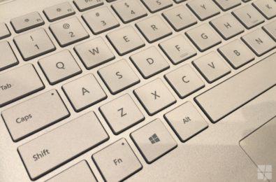 How to use kaomoji in the Windows 10 keyboard 1