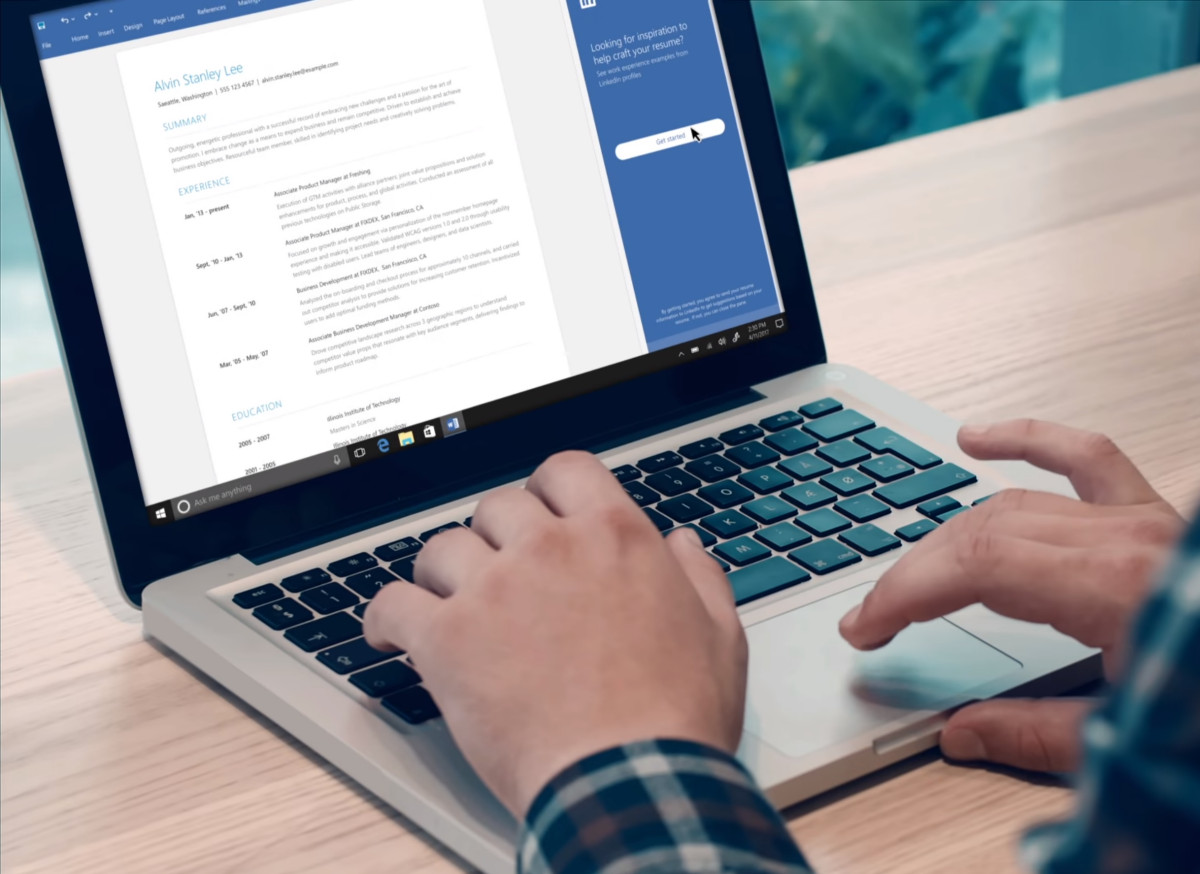 LinkedIn Could Help You Write A Better CV With Its New Resume Assistant