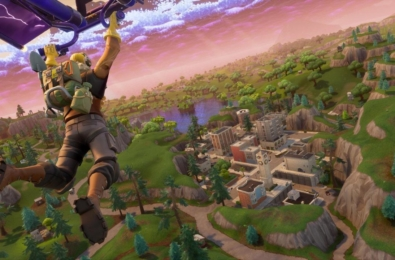 Fortnite v11.30 to get annual battle pass and split-screen 3