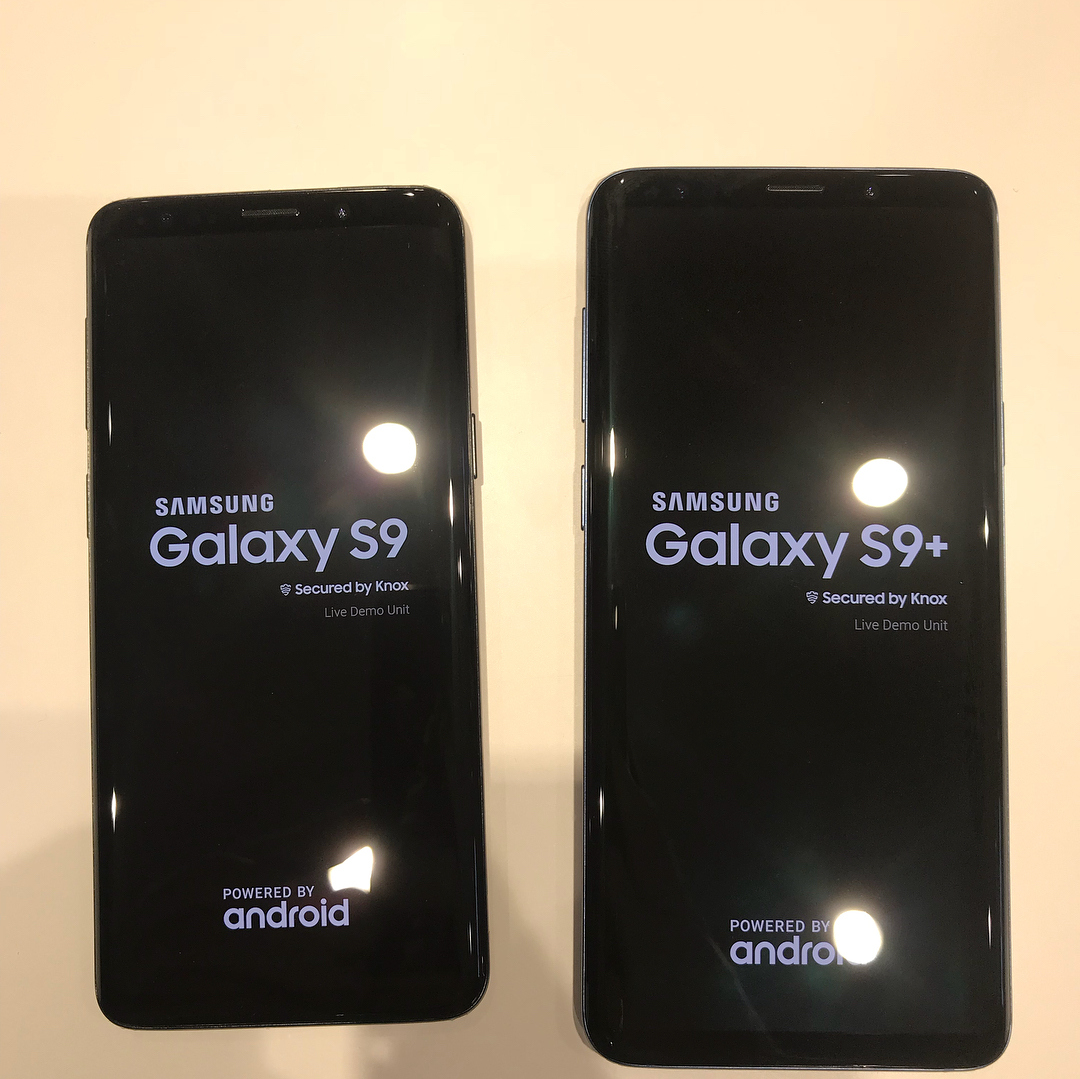 more real life samsung galaxy s9 and s9 pictures leak mspoweruser. Black Bedroom Furniture Sets. Home Design Ideas