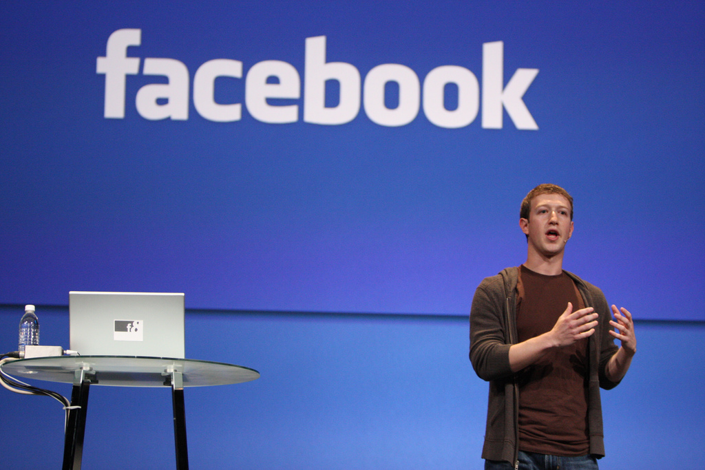Facebook Apologizes For Data Crisis With Ads