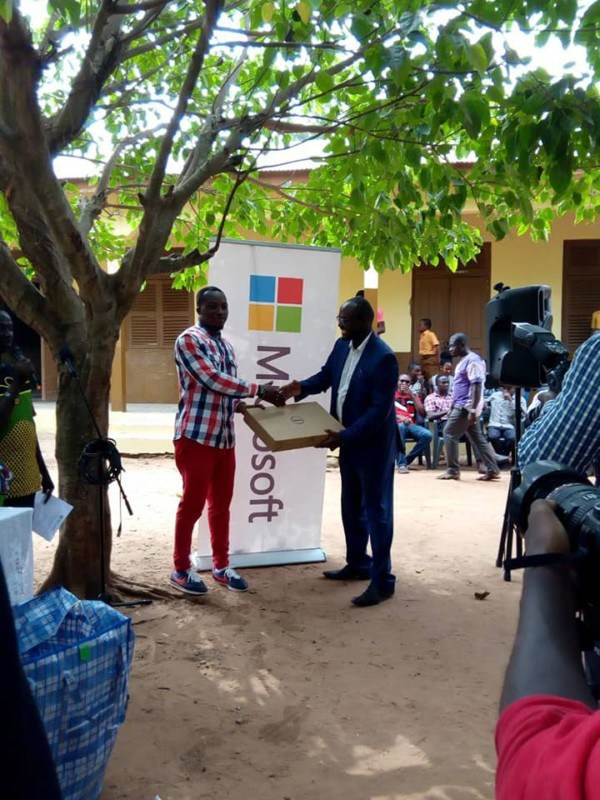 Follow-up: Microsoft donates technology to Ghanaian school with dedicated CS teacher 3