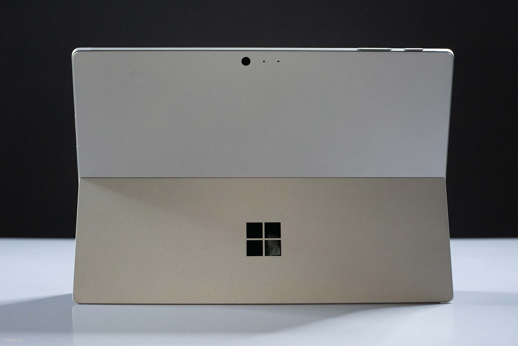 surface pro 6 leaks early  reveals updated design