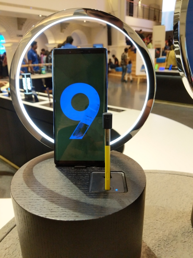Stable Android Pie beta update is now rolling out for Galaxy Note 9