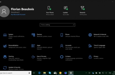 Microsoft tests a new kind of header in the Windows 10 Settings app 1