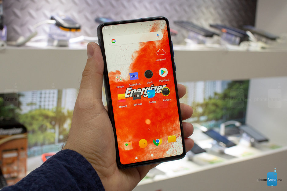 Energizer announces a phone crossed with a power bank at MWC 2019 2