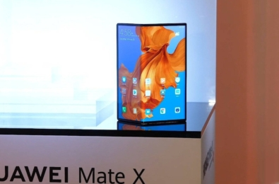 Leaked video reveals Huawei Mate X final design and packaging 5