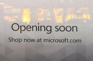"""Microsoft puts up """"Opening Soon"""" signs at Oxford Circus Flagship Store 10"""