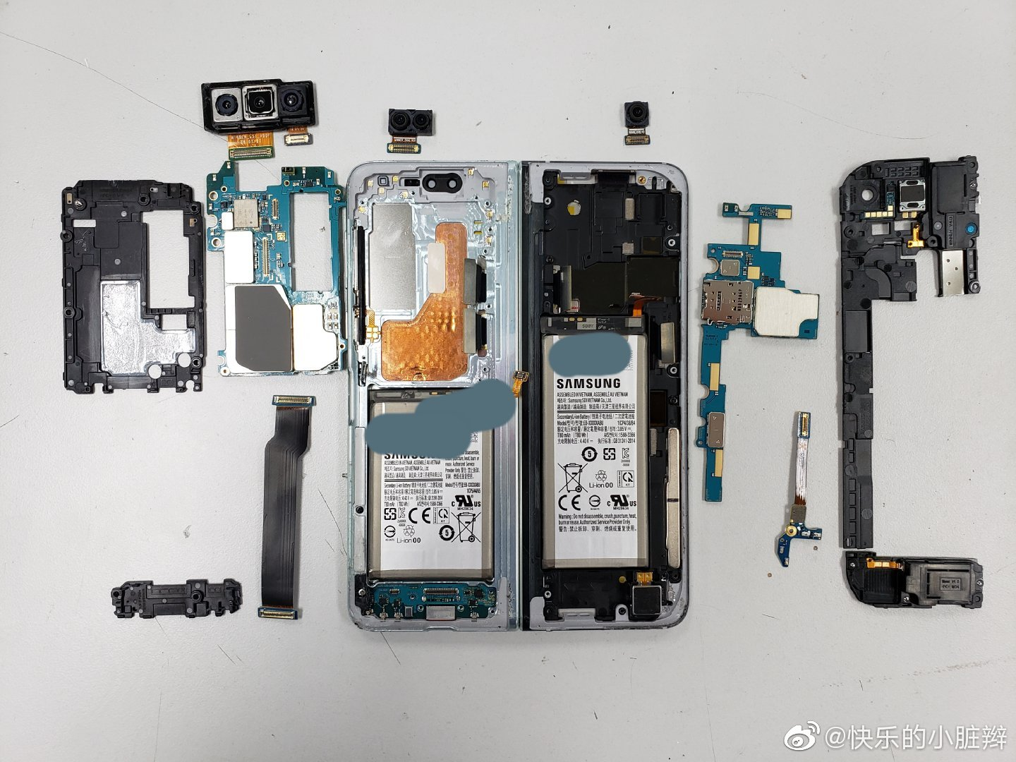 Samsung Galaxy Fold torn down, on purpose this time 2