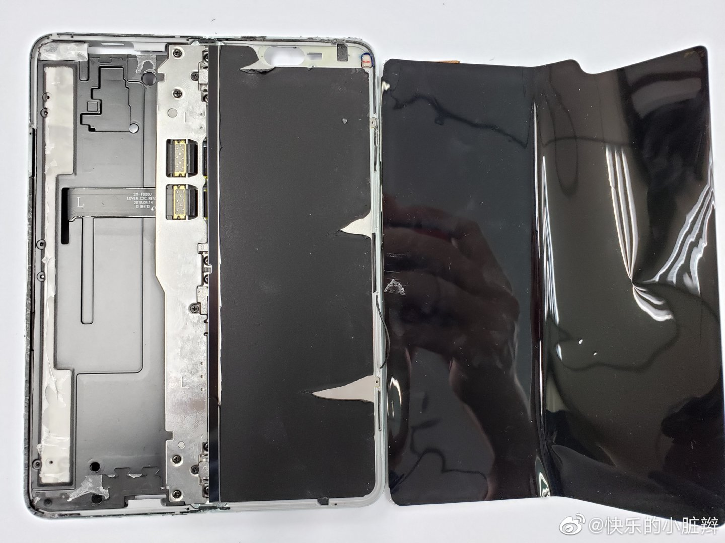Samsung Galaxy Fold torn down, on purpose this time 3