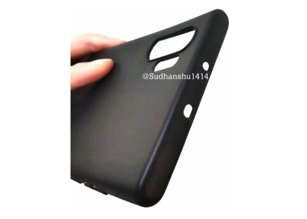 Galaxy Note 10 case renders and screen protector leaked online 4
