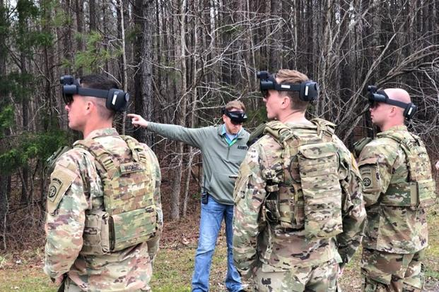 Army chiefs praise Microsoft's military HoloLens 2 2