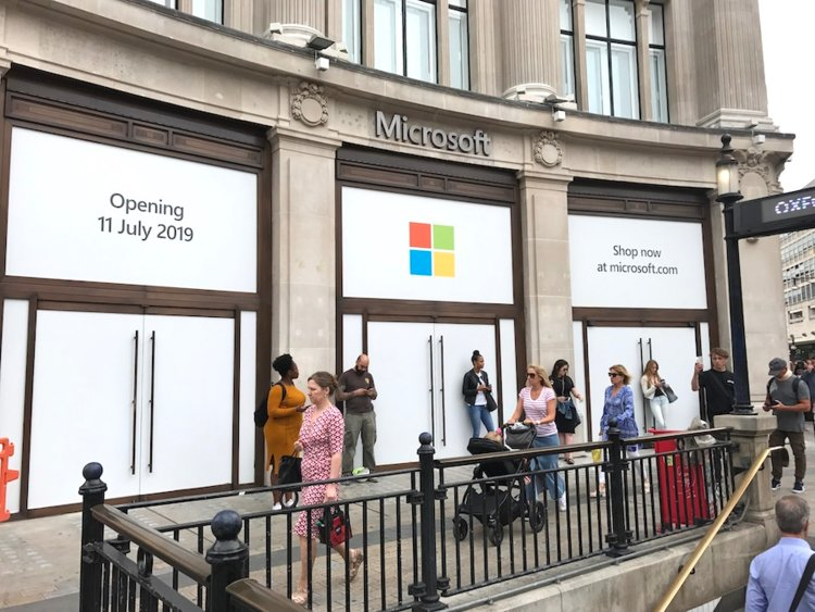 Microsoft's London flagship retail store opens today, here's what's inside (photos) 2