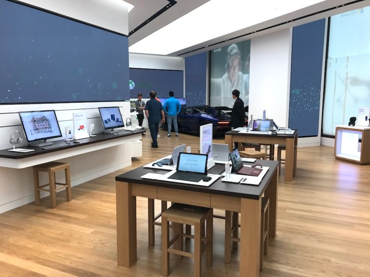 Microsoft's London flagship retail store opens today, here's what's inside (photos) 4
