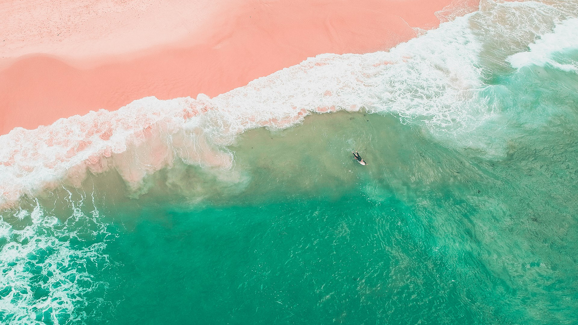 Brighten your winter mood with this free 4K Beaches-themed ...