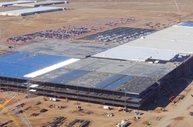 Tesla gigafactory 4 capacity