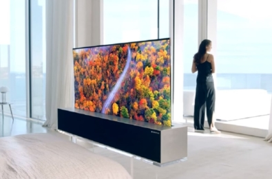 LG showcases a ceiling mounted rollable TV at CES 2020 7