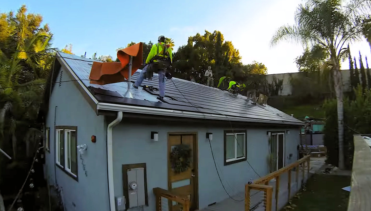 Tesla Solar Roof V3 Gets Its First Review Mspoweruser